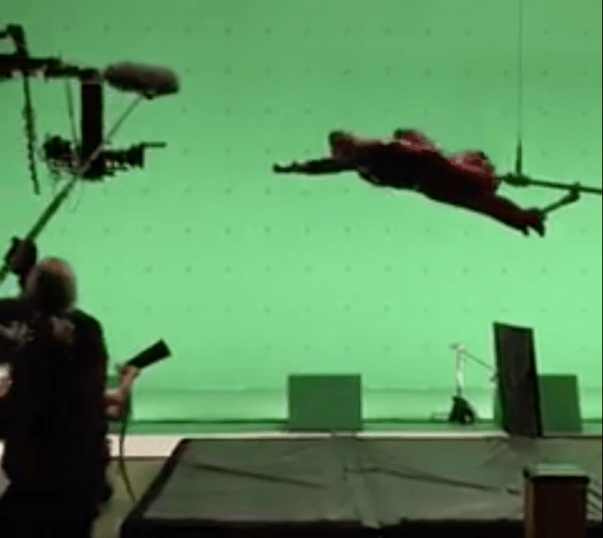 Supergirl-Green-Screen.png