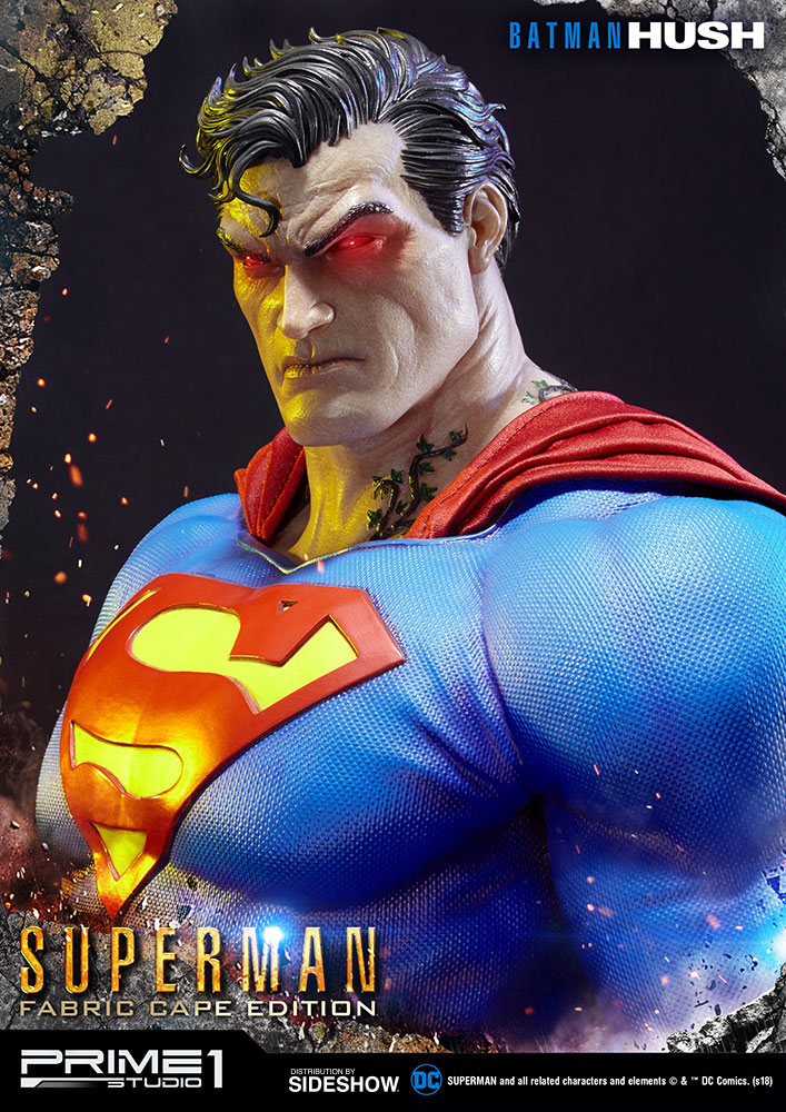 batman_hush_superman_statue_fabric_cape_edition_6.jpg