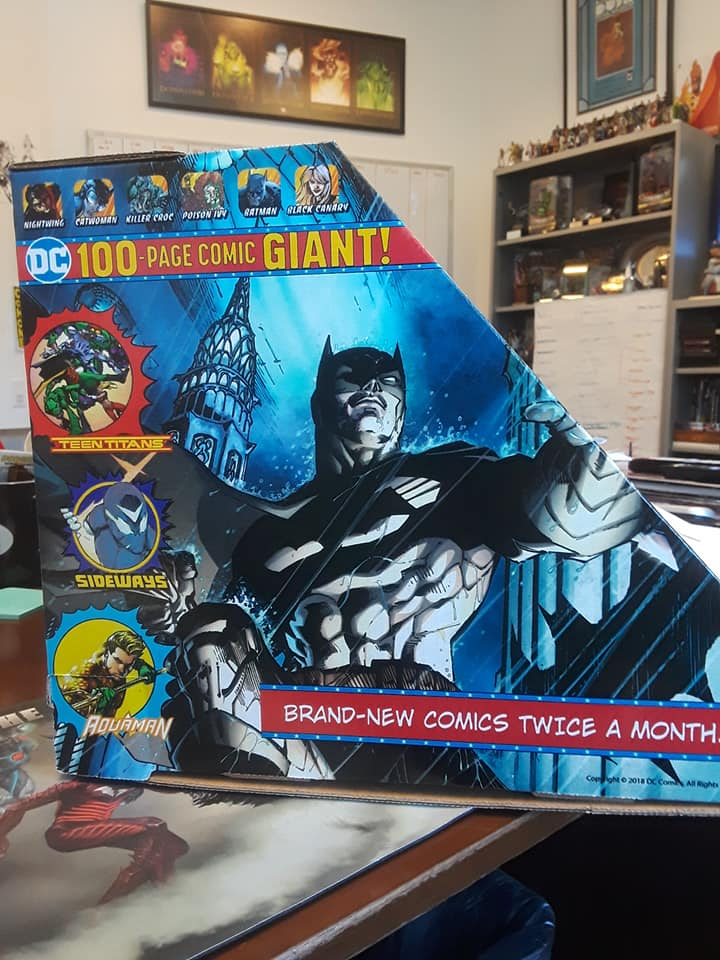 dc_comics_100_page_giant_holder_2.jpg