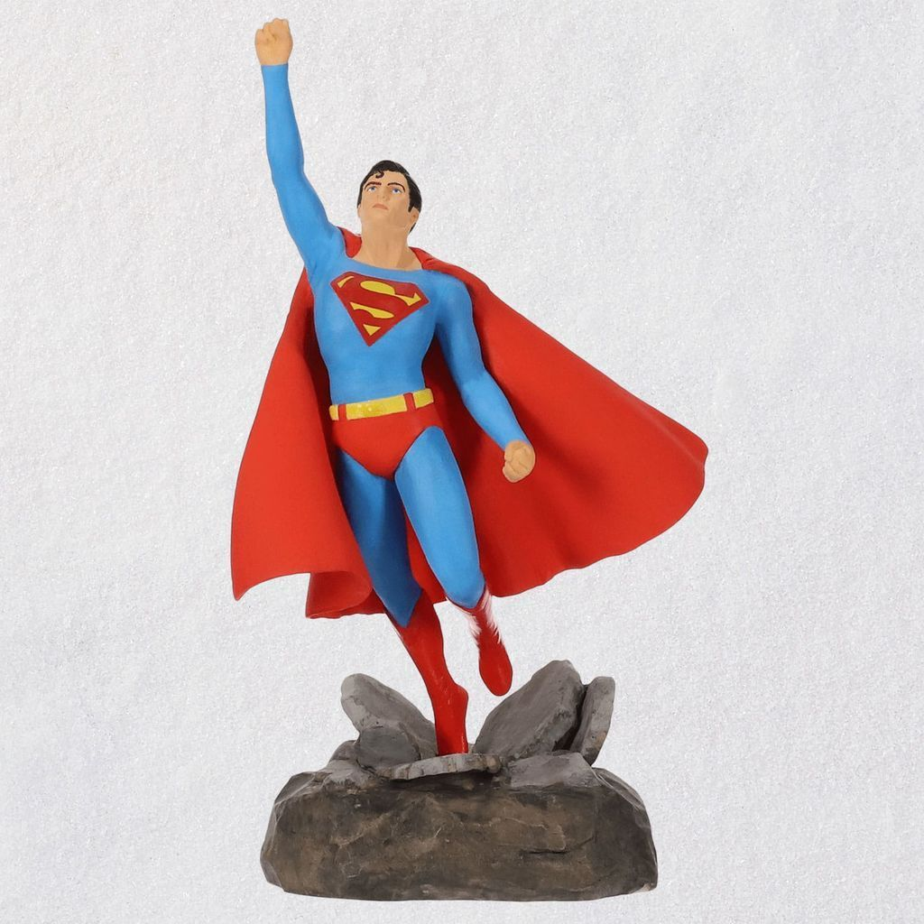 DC-Comics-Christopher-Reeve-as-Superman-Ornament_1999QXI3349_01.jpg